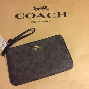 Coach Double Zip Wristlet